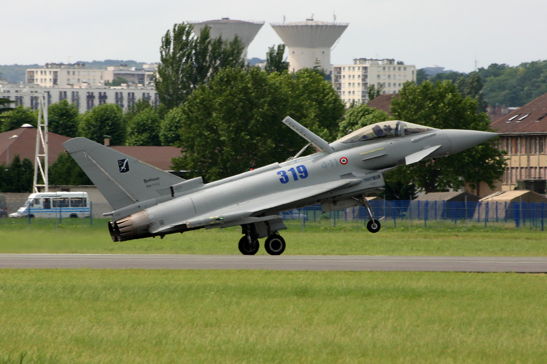 Aterrissage d'un Eurofigther Typhoon