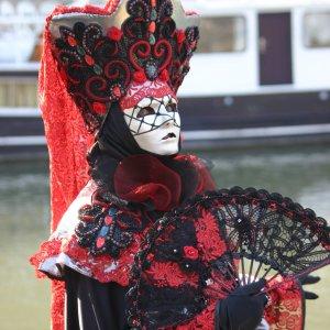 Carnaval vénitien (rouge)