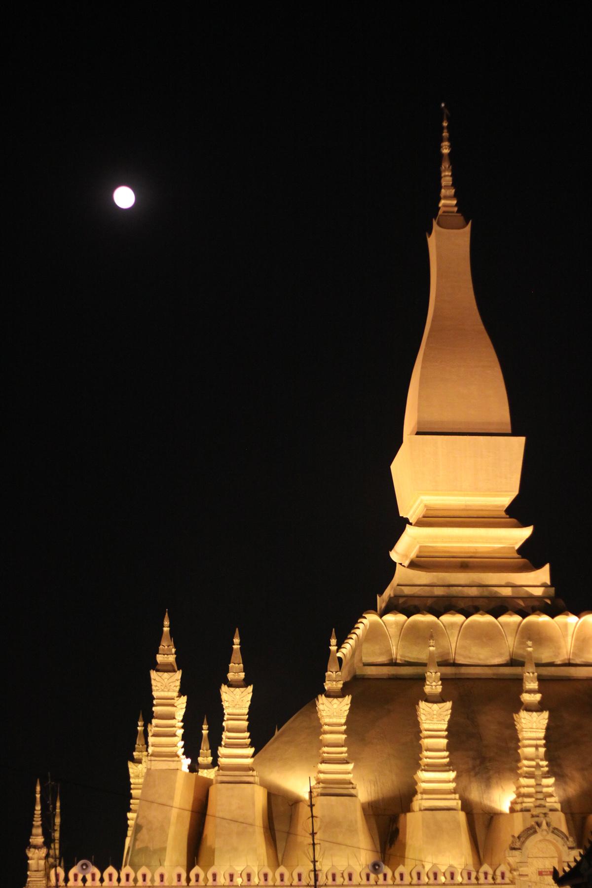 Pleine Lune à That Luang