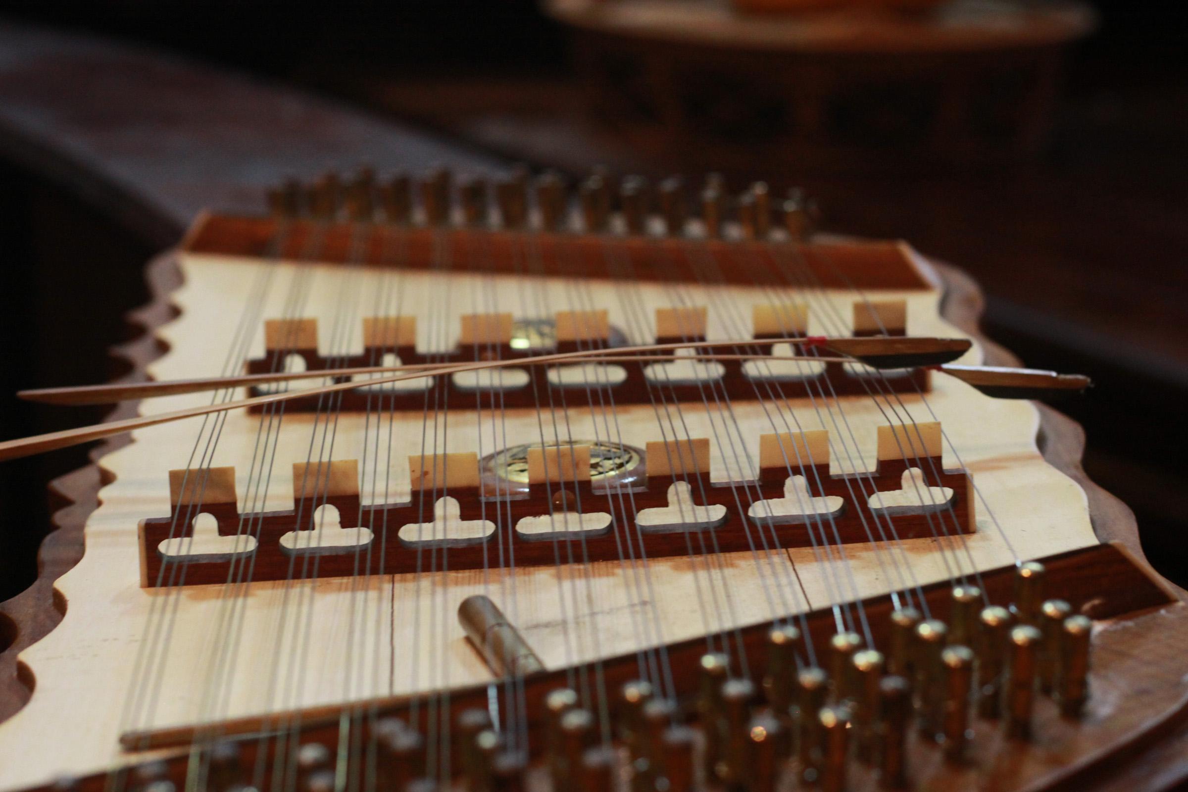 Harpe traditionnelle laotienne