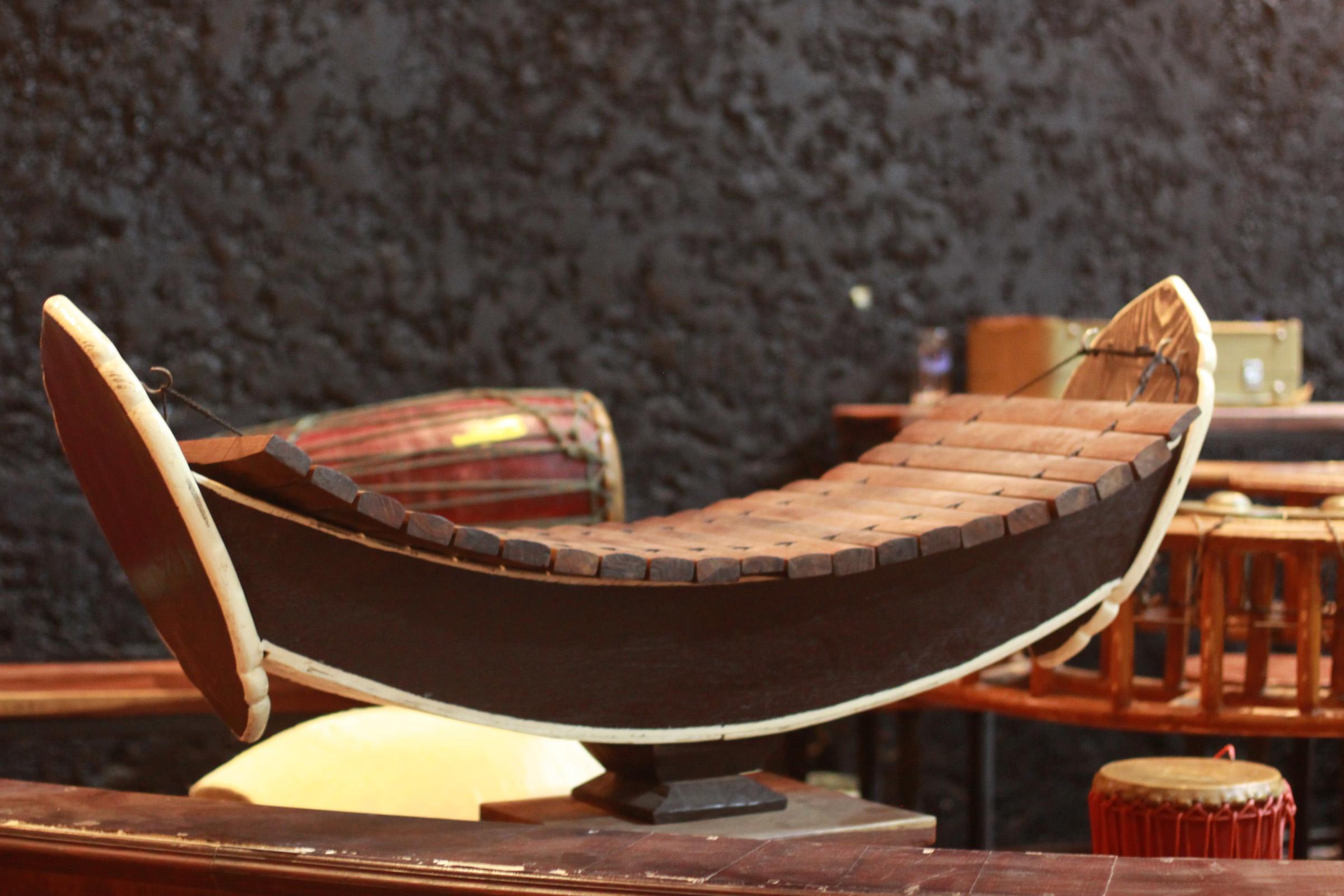 Xylophone traditionnel laotien