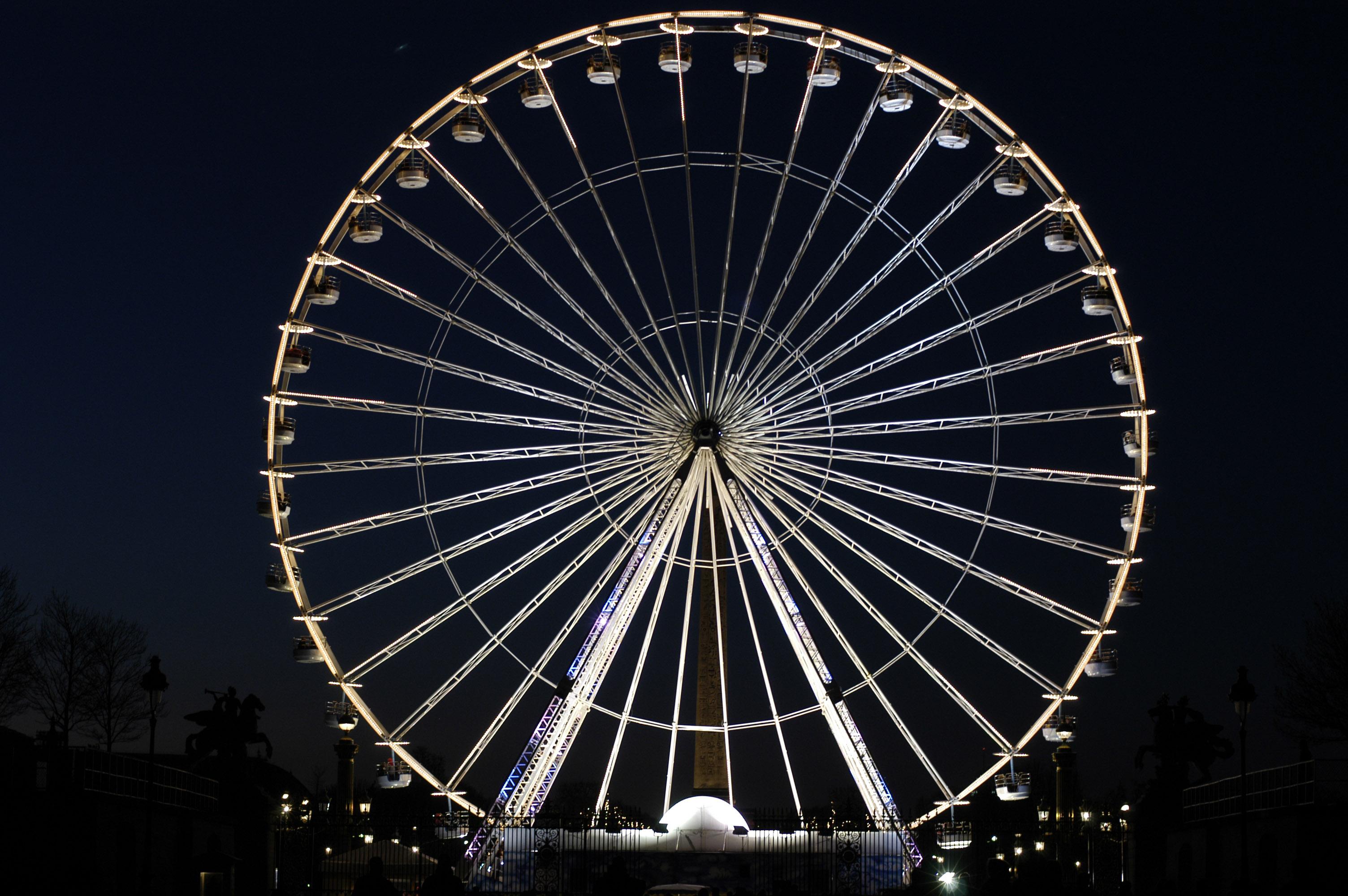 Roue de la Concorde la nuit