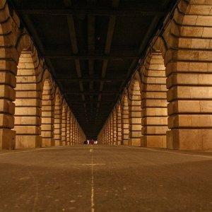 Sous le pont de Bercy