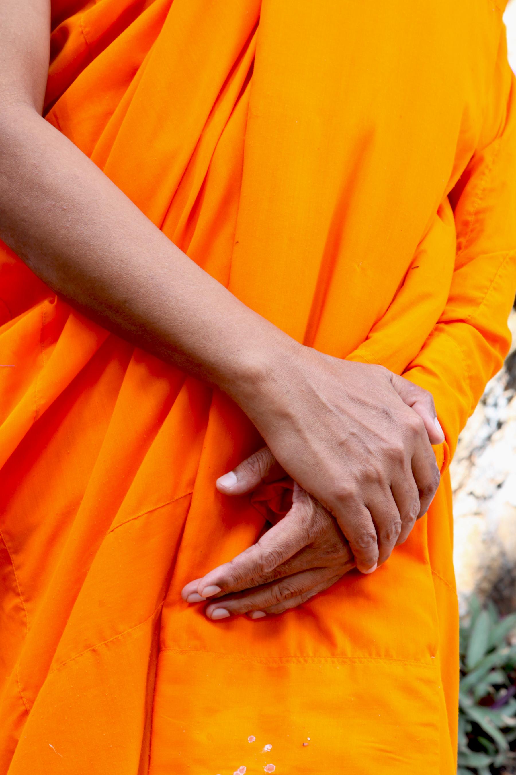 Les mains du moine