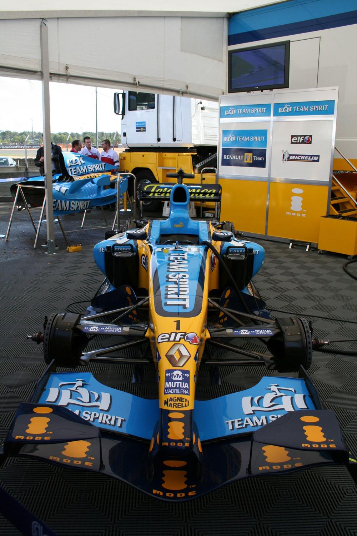 F1 Renault R25